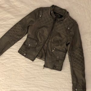Leather Jacket Olive Green high Quality worn twice